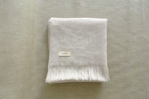 LINNET Linen Cashmere shawl Photo