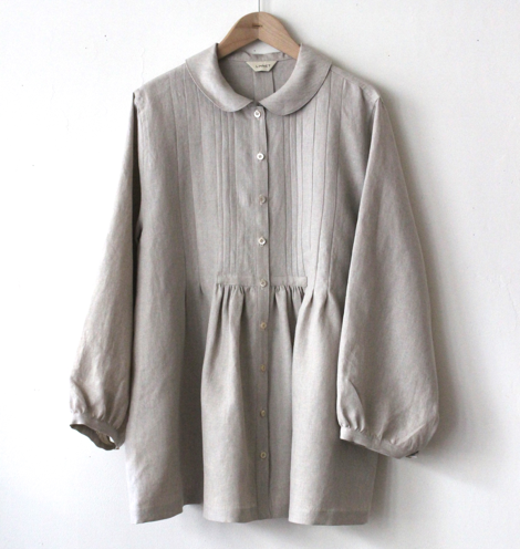 LINNET No.113 Blouse with Tucks photo