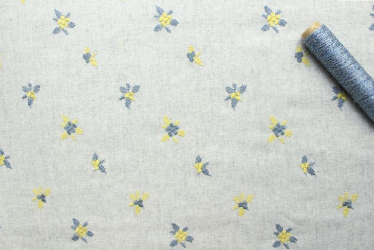 Jwウール刺繍花柄 シルバーグレー20